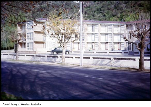 Hotel/motel Mounts Bay Rd