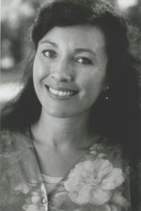 Simone Lazaroo