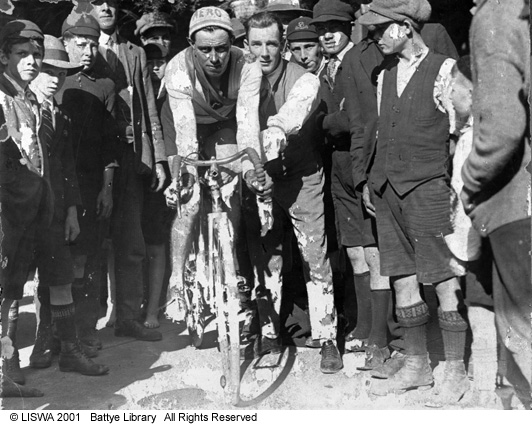 Aero bicycles and cycle racing in Western Australia, c1920s.