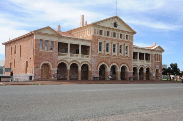 Warden's Court Coolgardie  2012  State Library of WA b3604310 5