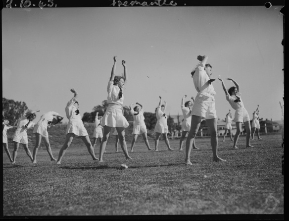 WAAAF training, Fremantle, 2 October 1943, 047149PD , State Library of Western Australia pictorial collection