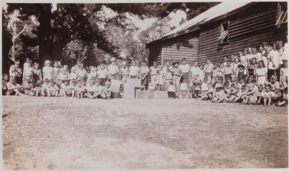 School children Yarloop WWII SLWA b1846989