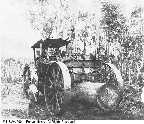 Steam whim hauling at Yarloop 1905 SLWA 000965d