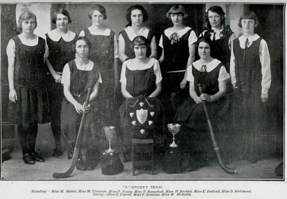 boronia_dec_1925_girls_a_hockey_team_2016-10-25_1657
